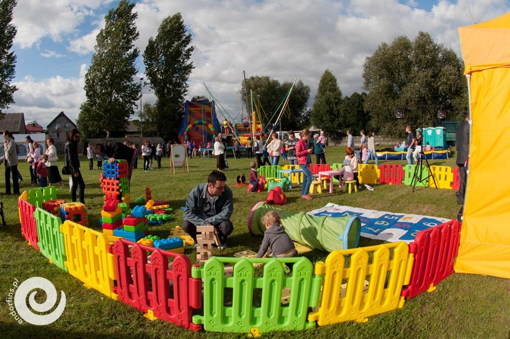 mobilny plac zabawa dla dzieci