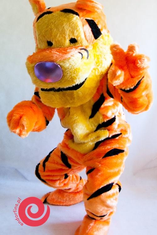 duże postacie z bajek - wynajem tygryska walta disneya poznań
